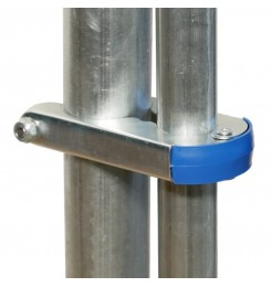 Universal pole clamp